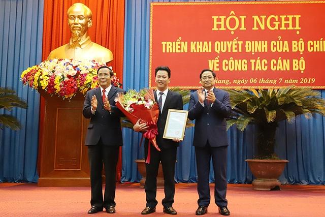 Chủ tịch UBND tỉnh Hà Tĩnh được điều động giữ chức Bí thư Tỉnh ủy Hà Giang - 2