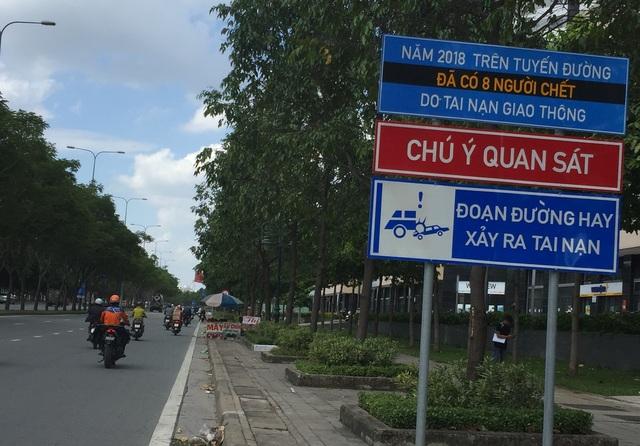 Biển cảnh báo tai nạn đầy ám ảnh trên đường về hầm vượt sông Sài Gòn - 1