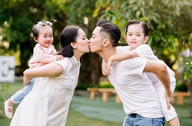 Tuấn Hưng, Phan Hiển khoe ảnh hôn vợ - 2