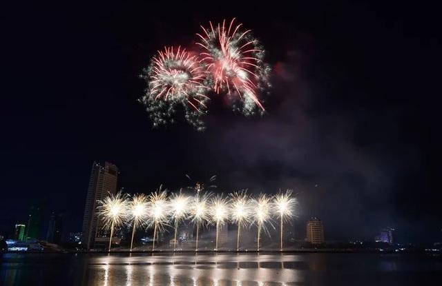 Tân binh Phần Lan vô địch lễ hội pháo hoa quốc tế Đà Nẵng 2019 - 3