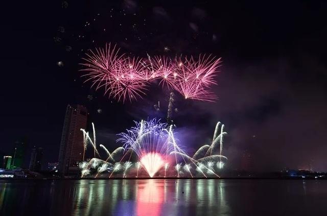 Tân binh Phần Lan vô địch lễ hội pháo hoa quốc tế Đà Nẵng 2019 - 1