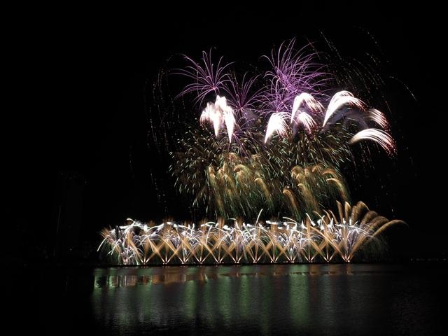 Tân binh Phần Lan vô địch lễ hội pháo hoa quốc tế Đà Nẵng 2019 - 8