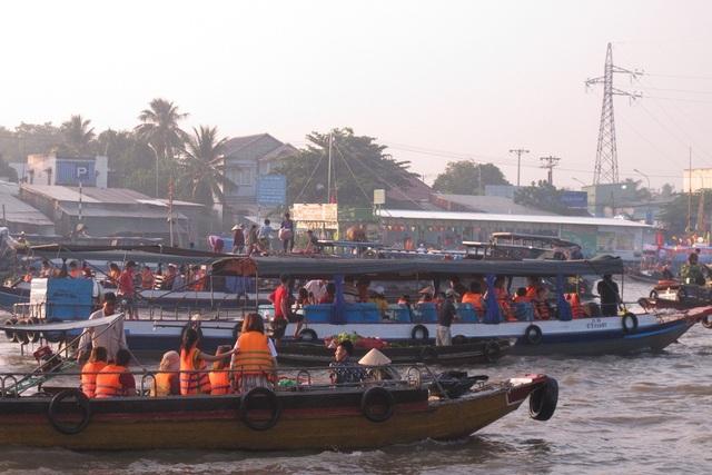 Cần Thơ: Chợ nổi Cái Răng có ý nghĩa quan trọng trong sự phát triển du lịch - 2