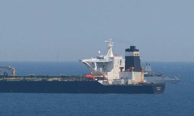 Nga lên tiếng vụ Anh bắt siêu tàu chở dầu Iran - 1