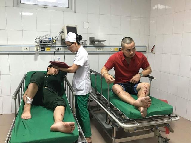 Vụ xe du lịch gặp nạn: Chuyển nạn nhân ra Hà Nội để tiếp tục chữa trị - 2