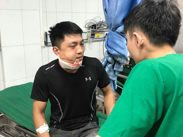 Vụ xe du lịch gặp nạn: Chuyển nạn nhân ra Hà Nội để tiếp tục chữa trị - 3