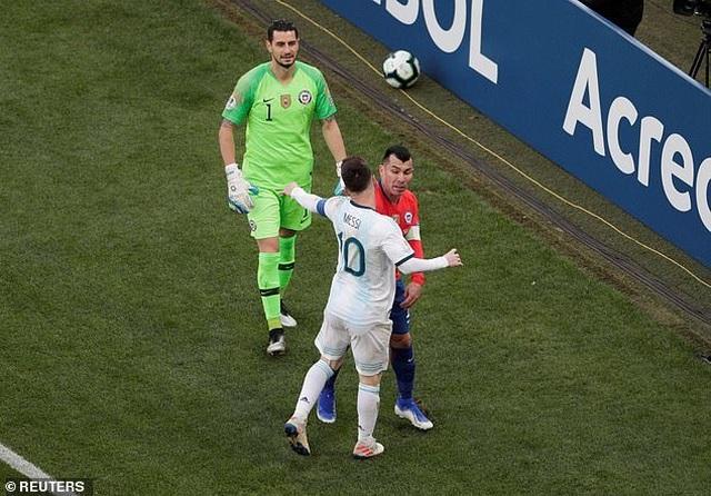 Messi nhận thẻ đỏ, Argentina nhọc nhằn giành hạng ba Copa America - 5