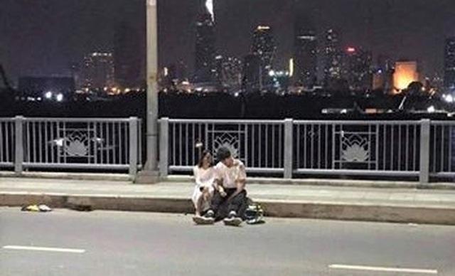 Người đàn ông nhặt ve chai bị tông tử vong trong đêm ở cầu Thủ Thiêm - 3