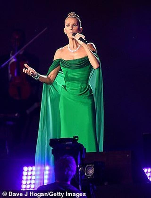 Celine Dion tràn đầy năng lượng trên sân khấu - 8