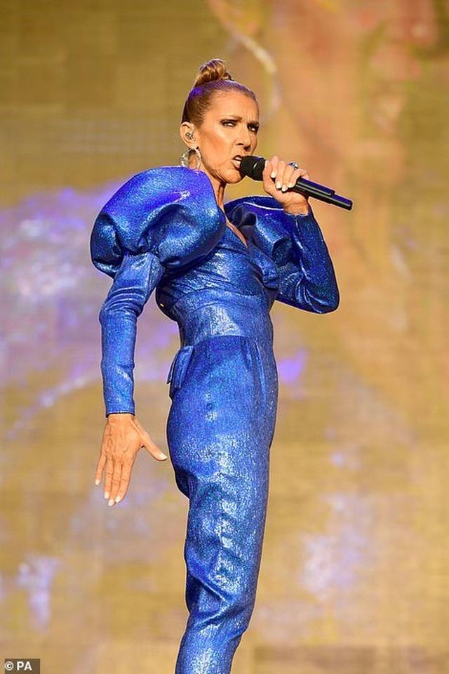 Celine Dion tràn đầy năng lượng trên sân khấu - 2
