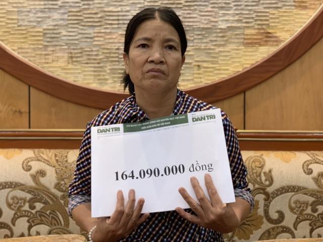 Gần 165 triệu đồng đến với vợ chồng ung thư chia nhau suất cơm từ thiện - 4
