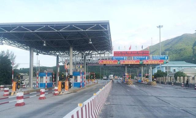 Bộ Giao thông yêu cầu Tổng cục Đường bộ rút thông báo dừng thu phí với 4 trạm BOT - 1