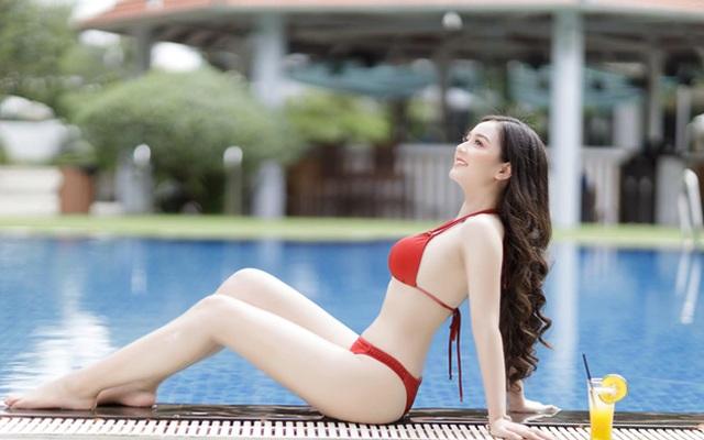 Cô gái mặc áo dài đẹp như Mai Phương Thúy khi diện bikini lại bốc lửa không ngờ - 12