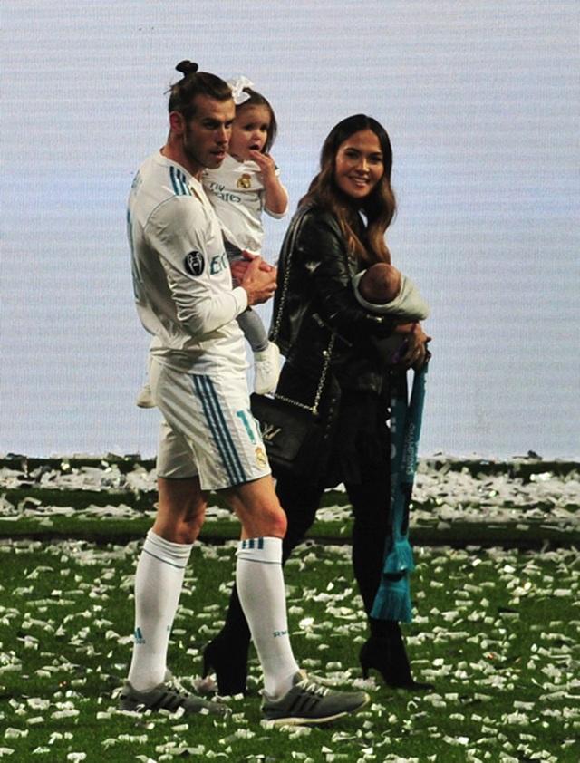 """Gareth Bale bất ngờ tổ chức đám cưới với người yêu """"thanh mai trúc mã"""" - 2"""