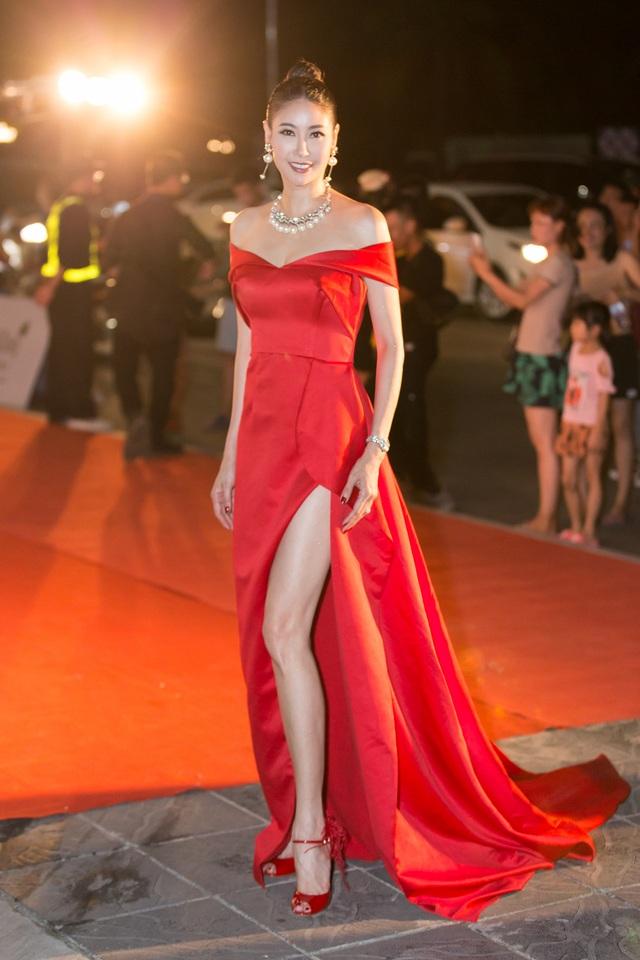 Dàn trai tài, gái sắc sải bước trên thảm đỏ Miss World Việt Nam 2019 - 10