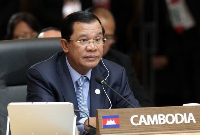 Thủ tướng Hun Sen hủy các cuộc gặp để khám bệnh tại Singapore - 1