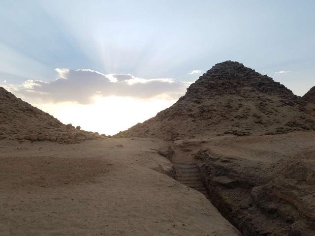 Bí ẩn những kim tự tháp bị lãng quên ở Sudan - 2