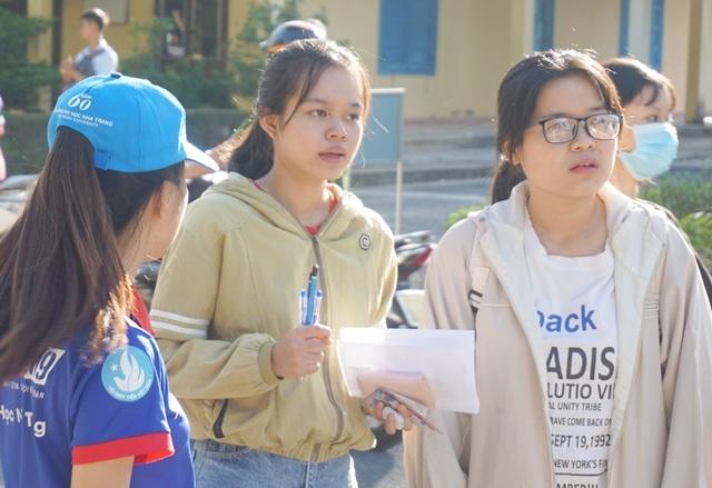 Gần 1.700 thí sinh dự thi Đánh giá năng lực tại Nha Trang - 3
