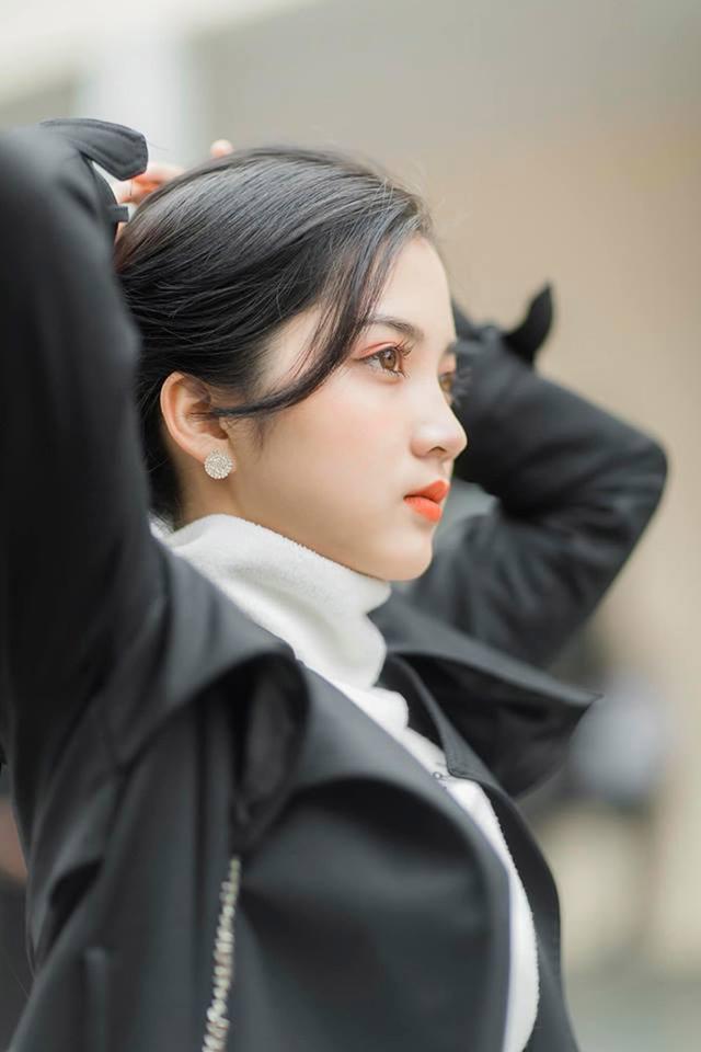 Ngỡ ngàng vẻ đẹp trong veo của thiếu nữ Bắc Giang - 1