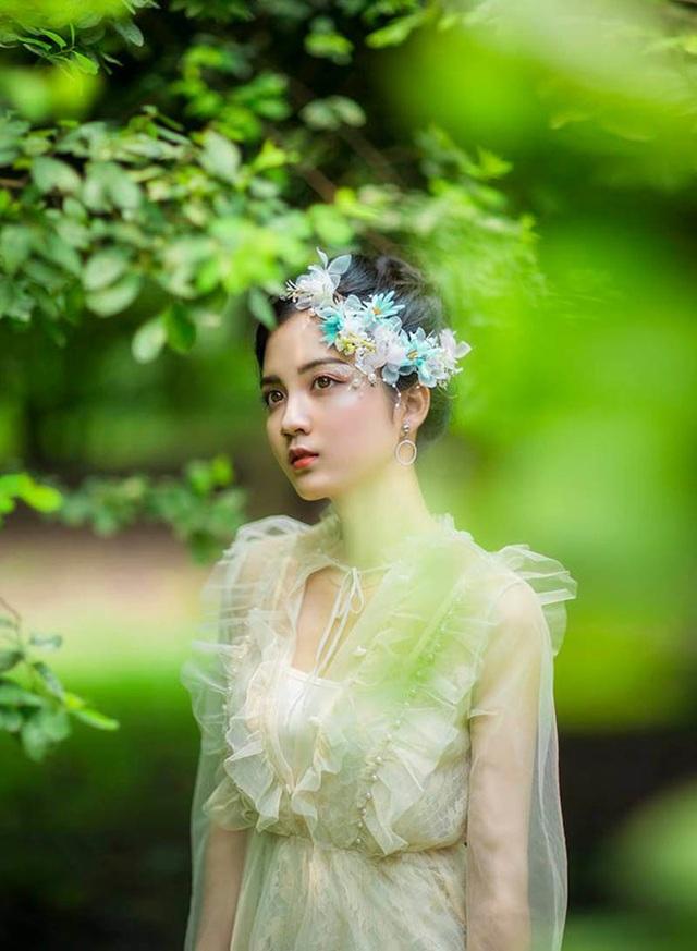 Ngỡ ngàng vẻ đẹp trong veo của thiếu nữ Bắc Giang - 2