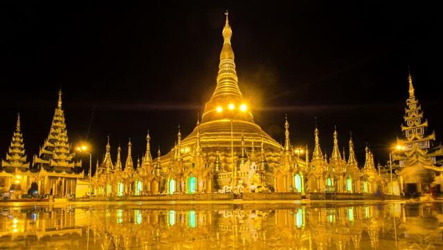 Ngôi chùa dát gần trăm tấn vàng, hàng ngàn viên kim cương và hồng ngọc - 4