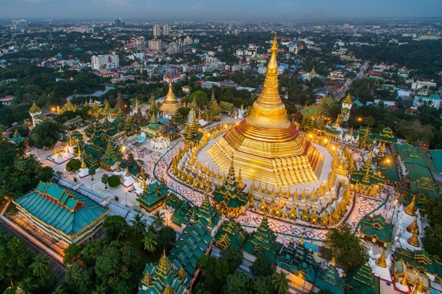 Ngôi chùa dát gần trăm tấn vàng, hàng ngàn viên kim cương và hồng ngọc - 6