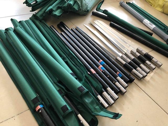 Phát hiện hơn 1.000 cây dao tự chế nhập từ Trung Quốc
