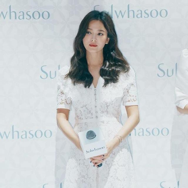 Song Hye Kyo xuất hiện lần đầu sau tuyên bố ly hôn - 6