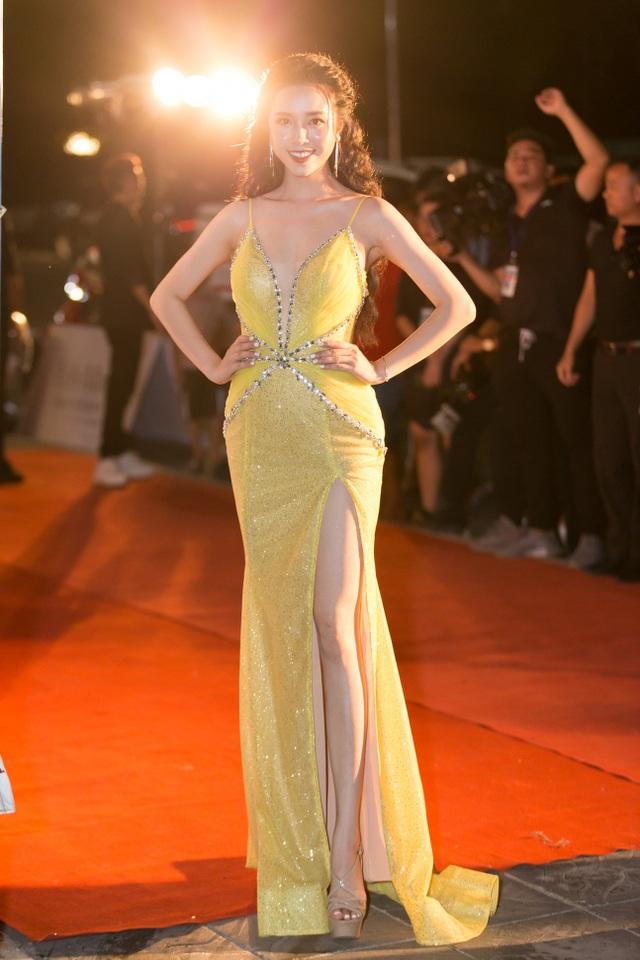 Dàn trai tài, gái sắc sải bước trên thảm đỏ Miss World Việt Nam 2019 - 11