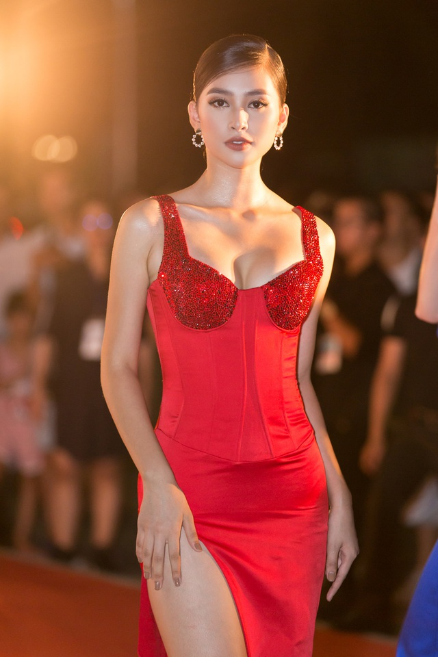 Dàn trai tài, gái sắc sải bước trên thảm đỏ Miss World Việt Nam 2019 - 4