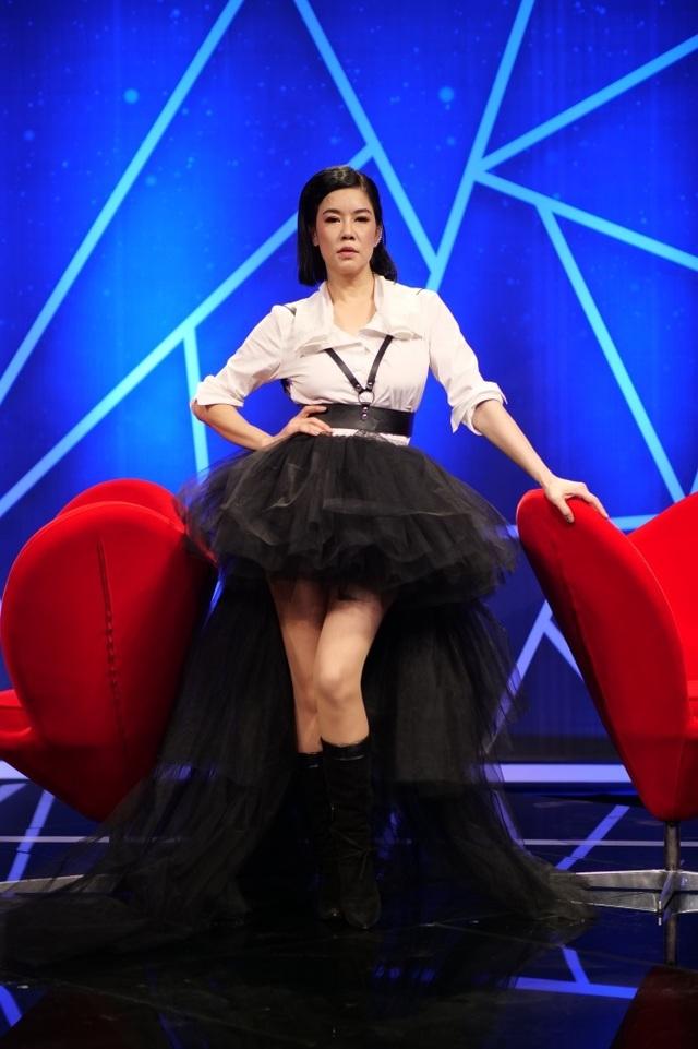 Ca sĩ Thu Phương lần đầu trổ tài catwalk - 4