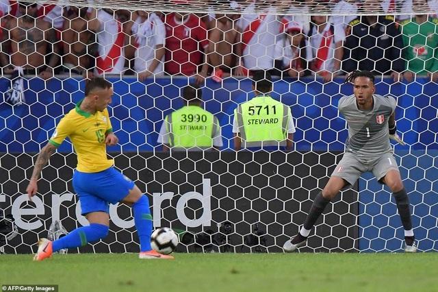 Những khoảnh khắc Brazil hạ Peru để vô địch Copa America 2019 - 1