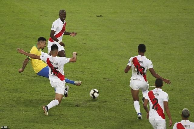 Những khoảnh khắc Brazil hạ Peru để vô địch Copa America 2019 - 14