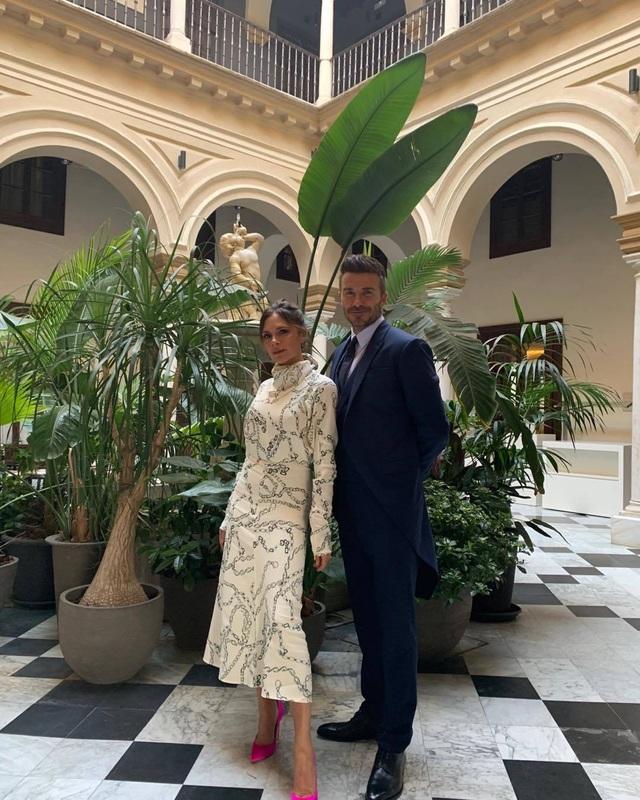 Vợ chồng Beckham sành điệu đi xem ca nhạc - 12