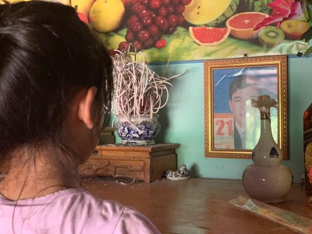 Lá thư viết vội đến nhói lòng của cô bé 10 tuổi tha thiết mong mẹ trở về - 10