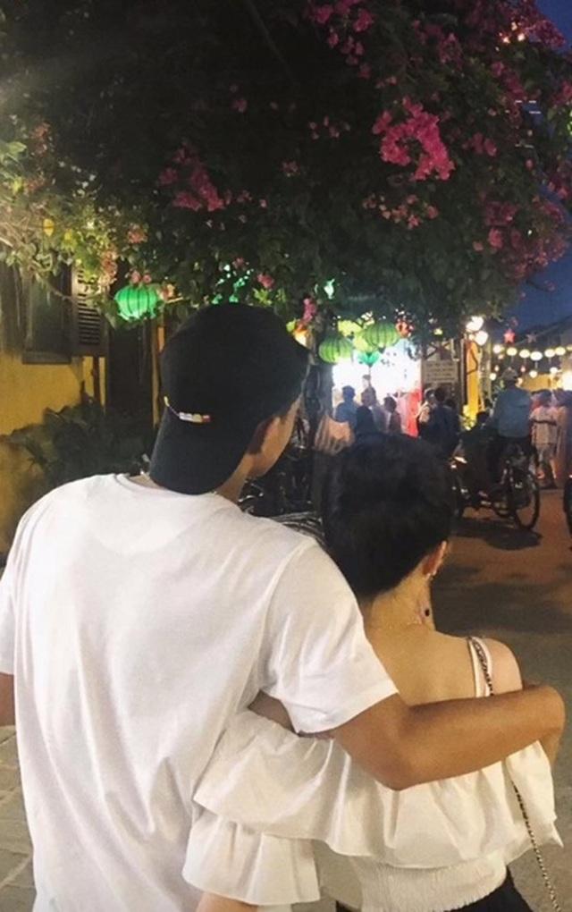 Cầu thủ Hà Đức Chinh và bạn gái: Từ úp mở tới công khai tỏ tình - 4