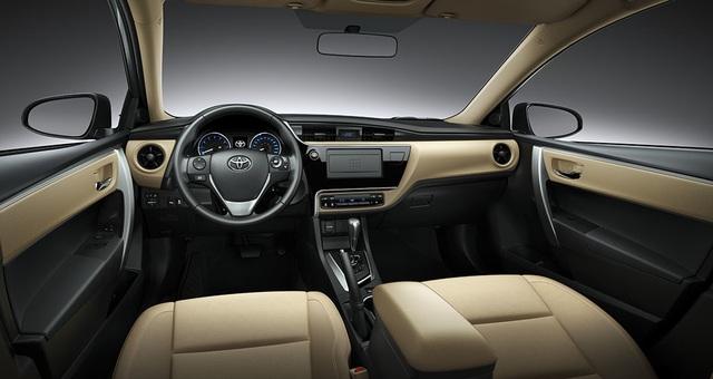 """Toyota Việt Nam dành tặng ưu đãi đặc biệt với mẫu xe """"không tuổi"""" Corolla Altis - 3"""