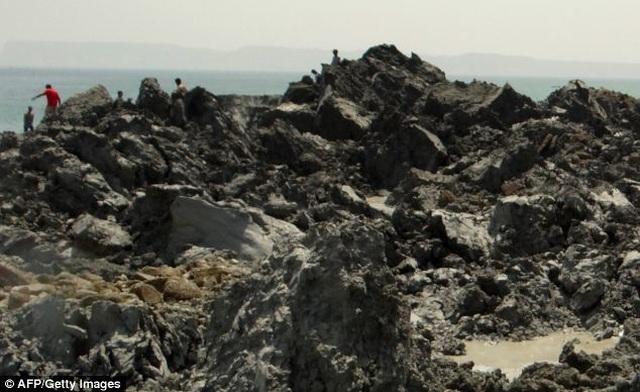 """Hòn đảo được hình thành sau khi 800 người bỏ mạng, bỗng chốc bị """"nuốt chửng"""" - 2"""