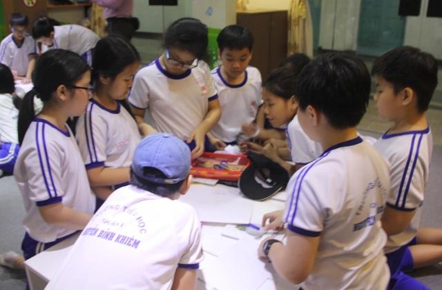 TPHCM: Trung tâm dạy kỹ năng sống nở rộ chóng mặt - 1