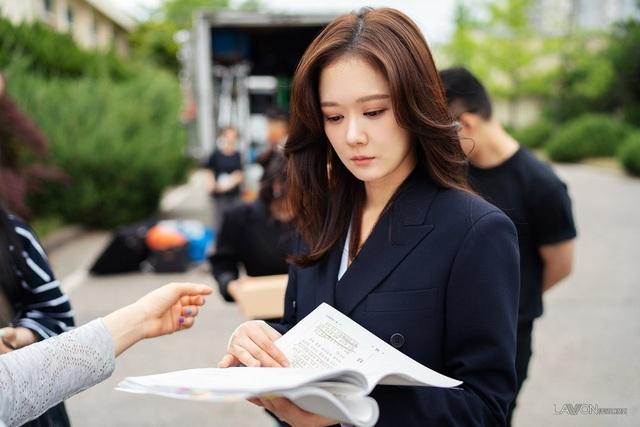 Mỹ nhân U40 Jang Nara vẫn trẻ đẹp như thiếu nữ - 10