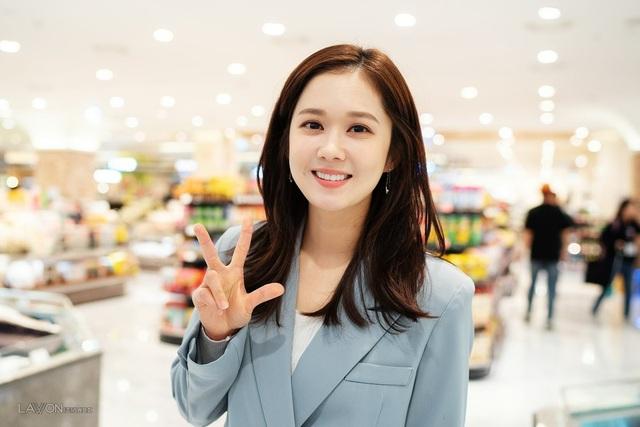 Mỹ nhân U40 Jang Nara vẫn trẻ đẹp như thiếu nữ - 7