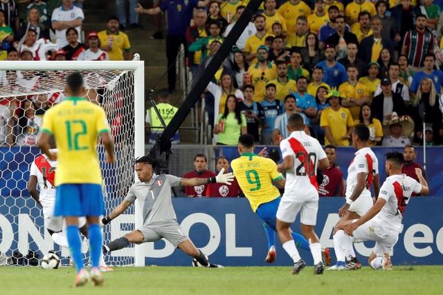 Chiến thắng trong thế thiếu người, Brazil vô địch Copa America - 6
