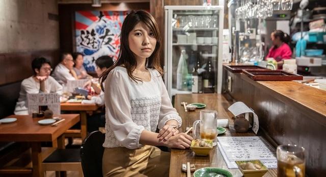 Mặt tối nơi công sở Nhật Bản: Làm 80 tiếng/tuần, bị ép nghỉ việc khi mang thai - 1