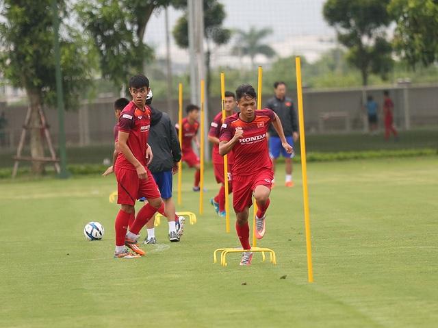 Tiền vệ Việt kiều Martin Lo quyết ghi điểm với HLV Park Hang Seo - 11