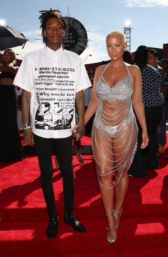 Bồ cũ Kanye West bế bụng bầu ra phố - 7