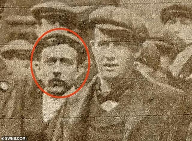 Người đàn ông sống sót qua hai vụ chìm tàu Titanic và Lusitania - 1