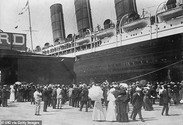 Người đàn ông sống sót qua hai vụ chìm tàu Titanic và Lusitania - 3