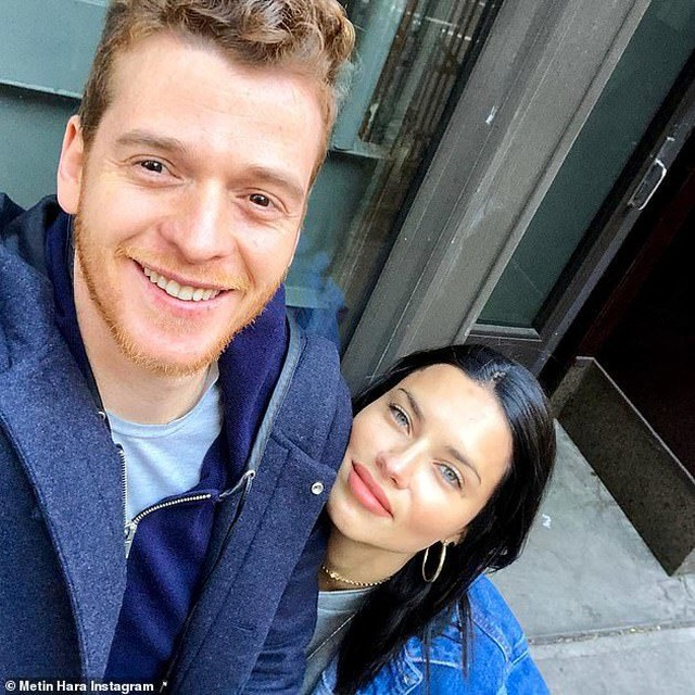 Adriana Lima có bạn trai mới? - 4