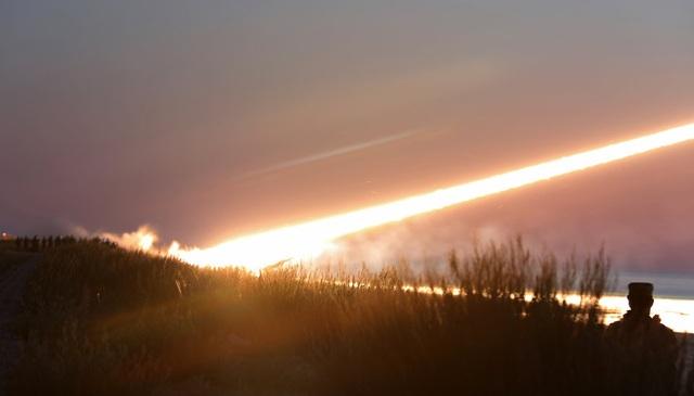 Mỹ diễn tập tiêu diệt mục tiêu bằng hệ thống phòng không cơn lốc lửa tại Đông Âu' - 6