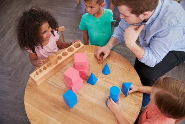 7 lý do vì sao phương pháp giáo dục mầm non Montessori lại thích hợp hơn bao giờ hết? - 1